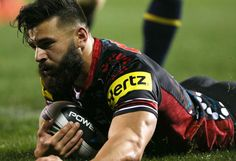 With the International Rugby League Four Nations looming including Australia, Samoa, England and New Zealand participating, what better way to get involved than a detailed analysis of players in th… Rugby League, Rugby Players, Penrith Panthers, International Rugby, Slick Hairstyles, Shaved Head, Wet Hair, Attractive Men, Mma