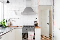 Kök bistro rostfri diskbänk rostfritt rutigt klinker spegeldörr Fantastic Frank Krukmakargatan