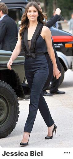 ccf5458c560 Jessica Biel in a Erin Fetherston jumpsuit on June 2010 in Paris. This chic  and confident look helped her place in the 2010 Vogue Best Dressed List!