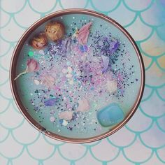 Mermaid Kisses, Crystal Candle With Opalite 🐚🌊Mermaid Kisses🌊🐚 Infused with dried florals, a pinch o Homemade Candles, Diy Candles, Scented Candles, Candle Jars, Glitter Candles, Soy Candle Making, Candle Making Supplies, Candle Making Business, Mermaid Kisses