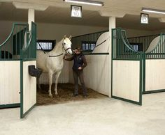 Fully open the front of a stall, why waste space on cross ties and/or grooming stations?