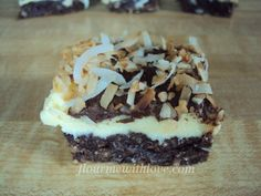 Quick & Easy Nanaimo bars that are simple and delicious! #FlourMeWithLove #coconut #bars #GooseberryPatch