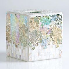 Transform the bathroom into an oasis fit for relaxation and pampering with this tissue box cover. The mosaic design adds a luxurious touch to washroom décor. Tissue Box Holder, Tissue Box Covers, Tissue Boxes, Mosaic Art, Mosaic Glass, Owl Bathroom, Mosaic Projects, Mosaic Ideas, Diy Home Accessories