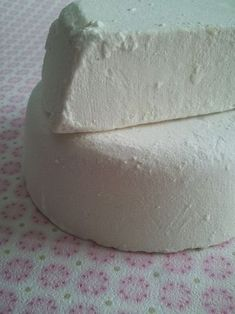 Pilar y Cía.: COMO HACER JABON EN LA THERMOMIX Natural Cosmetics, Cleaning Solutions, Soap Making, Projects To Try, Perfume, Food And Drink, Diy Crafts, Candles, Handmade