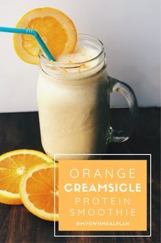 5 ingredients and 5 minutes is all that is standing between you and this dreamy Orange Creamsicle Protein Smoothie. It's bursting with orange flavor. Protein Smoothies, Protein Shake Recipes, Fruit Smoothies, Homemade Smoothies, Healthy Protein, High Protein Drinks, Orange Creamsicle, Smoothie Detox Plan, Orange Juice Smoothie