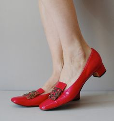 1960s - Vintage Retro Classic.  Perfect with bare legs.  Very Audrey H.