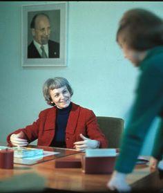 16. April 1969: Margot Honecker in ihrem Büro