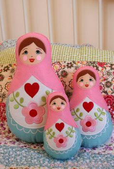 Russian Doll Trio available at Ollie Rose… Matryoshka Doll, Kokeshi Dolls, Felt Fabric, Fabric Dolls, Felt Dolls, Doll Toys, Felt Christmas Ornaments, Doll Crafts, Arts And Crafts