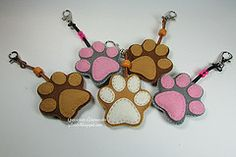 Handmade with love Dog Crafts, Felt Crafts, Crafts To Make, Arts And Crafts, Party Decoration, Felt Decorations, Felt Keychain, Keychains, Felt Dogs
