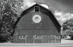 vintage, ohio, bicentennial, barn, perrysburg, rural black, white, landscape, architecture, building, michiale schneider photography, interior design, framed art, wall art