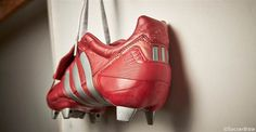 Adidas Predator, Soccer Boots, Football Boots, Soccer Cleats, Leather Backpack, Running Shoes, Classic, Gears, Soccer Shoes