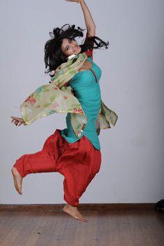 Samantha Ruth Prabhua jump
