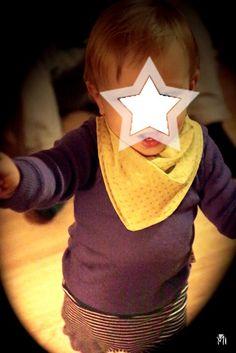 Voici un bandana pour enfant original ! Le patron n'est pas de moi, mais comme j'ai aimé ce que j'ai réussi à en faire, j'ai eu envie de te le présenter.