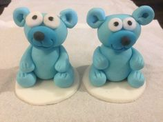 Baby shower fondant cupcake toppers - teddy bears