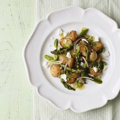 The perfect potato salad with fresh mint, asparagus and feta