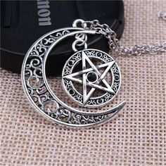New 5 Style Supernatural Necklace Witch Protection Crescent Moon Celtic Knot Pentagram Supernatural Amulet Necklace Pendant