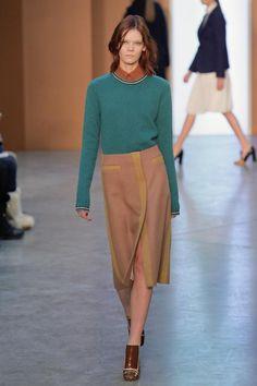 """""""New York Heroines"""" wie Diane Keaton waren für Derek Lam die Inspiration für seine neue Kollektion. Mit diesem Leitbild entwarf der amerikanische Designer mit chinesischen Wurzeln eine ziemlich zeitlose Kollektion."""