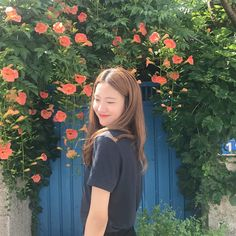 °lee haeun × yg k+model❀ Fashion Poses, Girl Fashion, Ullzang Girls, Korean Photoshoot, Korean Picture, Korean Photography, Korean Best Friends, Beauty Crush, Girl Photo Shoots