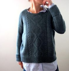 Norderney pattern by Isabell Kraemer Ravelry: Norderney pattern by Isabell Kraemer Sweater Knitting Patterns, Hand Knitting, Raglan, Ravelry, Pullover Sweaters, Knitwear, Knit Crochet, Couture, Stitch