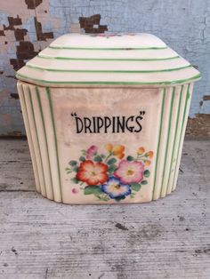 Vintage drippings jargrease jar green trim by MulfordCottage