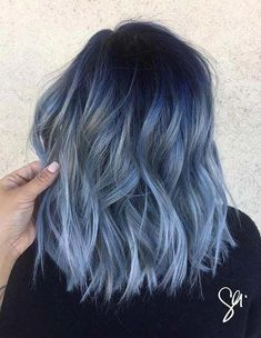 Hair Dye Colors, Ombre Hair Color, Light Blue Ombre Hair, Hair Colour Ideas, Silver Blue Hair, Short Blue Hair, Pastel Blue Hair, Bob Hair Color, Colorful Hair
