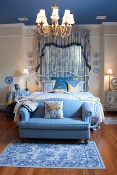 Beds | The Blue Room at the  Elizabeth Leigh Inn located in Hendersonville, NC.