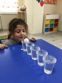 The best Easy Activities for Kids at home. Cheap and easy to set up indoor activities using common household items and/or recycled materials Indoor Activities For Kids, Learning Activities, Toddler Activities, Kids Learning, Crafts For Kids, Oral Motor Activities, Toddler Play, Indoor Games, Diy Crafts