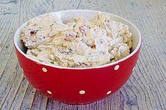 Frischkäse - Aufstrich mit getrockneten Tomaten und Basilikum