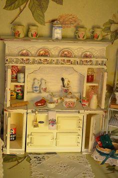Mini Kitchen Hutch Remodel (15)  I definitely like it shabby!