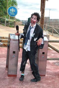 Ejecutivo zombie #halloween
