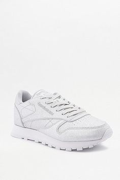 cool Reebok Classic - Metallic-Sneaker in Silber mit Rautenstruktur - Damen 37.5
