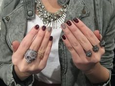 blondexic: ring finger manicure