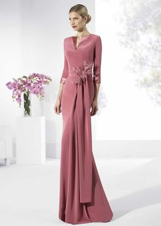 Long Mother of the Bride Dresses 13 Cute Picture Options! Bridesmaid Dresses, Prom Dresses, Formal Dresses, Wedding Dresses, Bride Dresses, Elegant Outfit, Elegant Dresses, Mother Of The Bride, Beautiful Outfits
