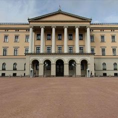 Royal Palace, Sentrum 10, Oslo, Norway‎