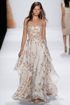 Badgley Mischka Spring 2015 Ready-to-Wear collection.