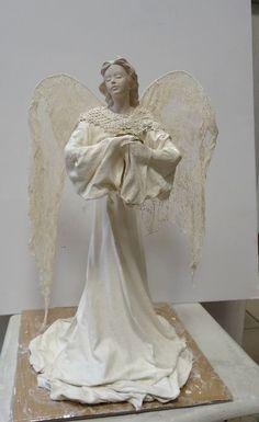 Christmas Wood Crafts, Christmas Angels, Paper Mache Sculpture, Sculpture Art, Diy Angel Wings, Framed Burlap, Steampunk Crafts, Wine Bottle Art, Angel Crafts