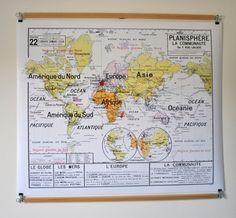 Reproduction d'ancienne carte d'école N 22 Planisphère La communauté par Vidal Lablache par JeLiDee sur Etsy https://www.etsy.com/fr/listing/176413935/reproduction-dancienne-carte-decole-n-22