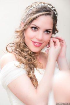 Peinado semirecogido con tocado Bodas.com.mx Wedding Film #bride #wedding #novia #bodas