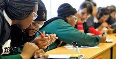 Proxecto MEDO en Johanesburgo que pretende incentivar o estudo da ciencia e tecnoloxía entre as rapazas estudantes de secundaria Product Launch, African, Building, Design, Social Networks, World, Inquiry Based Learning, Female Doctor, Leadership