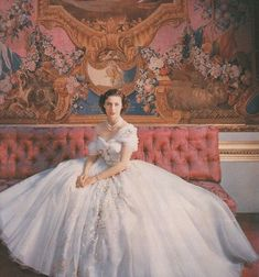 Princess Margaret, 1950s.Would give anything to have a dress like this.