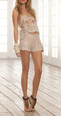 fashforfashion -♛ STYLE INSPIRATIONS♛: lace  ⓝ I'm way too old for this outfit, but I love it!!