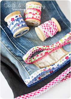 simple DIY: turn torn jeans into shorts with pretty bias tape. Note to self: Make bias tape like this and store on spools! Sewing Tutorials, Sewing Hacks, Sewing Patterns, Fabric Crafts, Sewing Crafts, Sewing Projects, Diy Clothing, Sewing Clothes, Diy Shorts