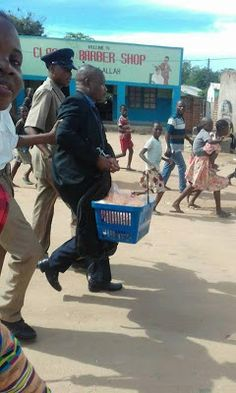 welcome to oghenemaga otewus blog well dressed man caught stealing baby food in mala