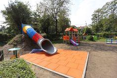 W trakcie realizacji - plac zabaw przy przedszkolu na Marcelu.  {foto: Remigiusz Śmietana}