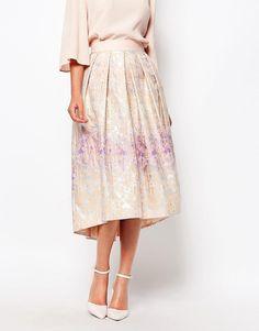 Image 4 ofCloset Full Ball Skirt in Jaquard
