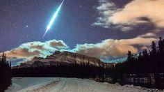 Cosmos: nuestro espacio: El tercer cometa que pasa tan cerca de la tierra, hecho que no occuria desde hace 246 años