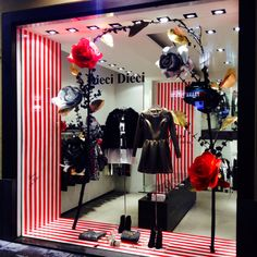 My latest Christmas Window Displays @ Dieci Dieci, Napoli, Italy.