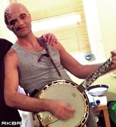 Ramin Karimloo. Why is this picture so funny to me???