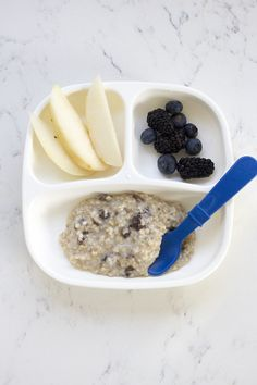 Healthy Snacks For Kids Toddler Meals What I fed the twins - Here's a look at five meals I fed my twin toddler this week from breakfast through dinner. All are healthy, easy and delicious! Healthy Toddler Meals, Toddler Lunches, Healthy Snacks For Kids, Toddler Food, Toddler Dinners, Healthy Lunches, Daycare Meals, Kids Meals, Baby Food Recipes