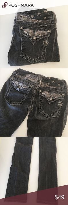 """{ Miss Me } bling skinny jeans Miss Me skinny jeans with sequins and bling accents, dark wash, previously worn with wash and wear to it, slight wrinkling, back top slight shaping poof from the design accent overall in good condition. Laying flat measures approx 13.5"""" across top 32"""" inseam. Miss Me Jeans Skinny"""